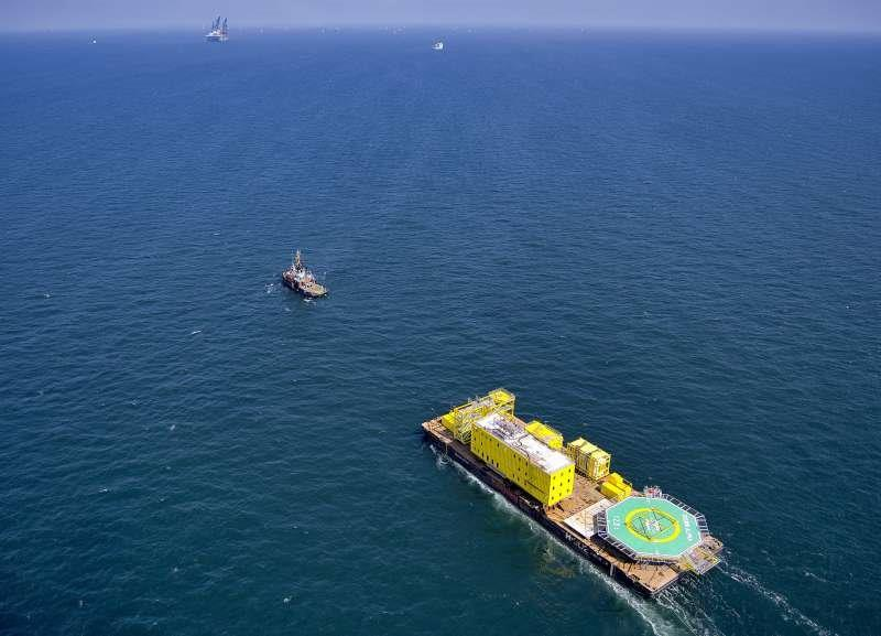 Hoogvliet Offshore Dolwin Alpha LQ24p 21